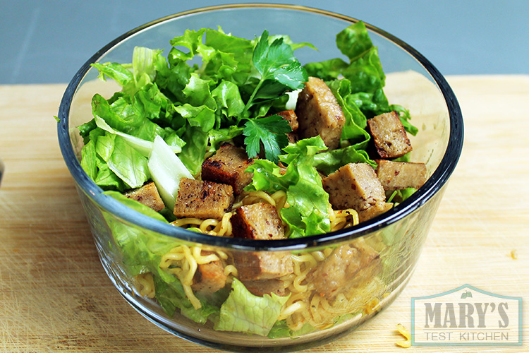 vegan-beef-noodle-bowl