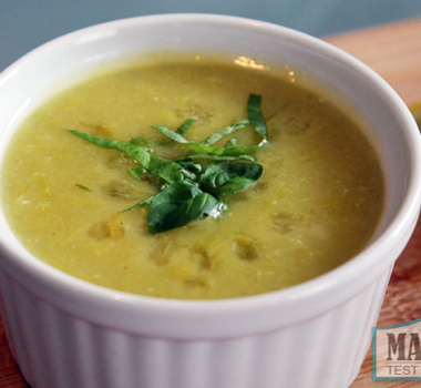 Simple Vegan Cream of Leek Soup