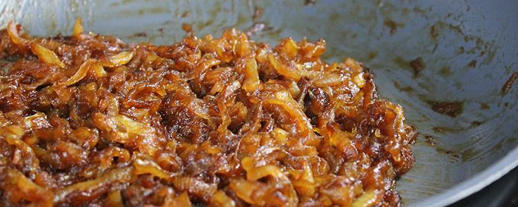 Easy Vegan Caramelized Onions