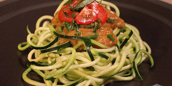 Raw Vegan Zucchini Pasta with Tomato Basil Date Sauce